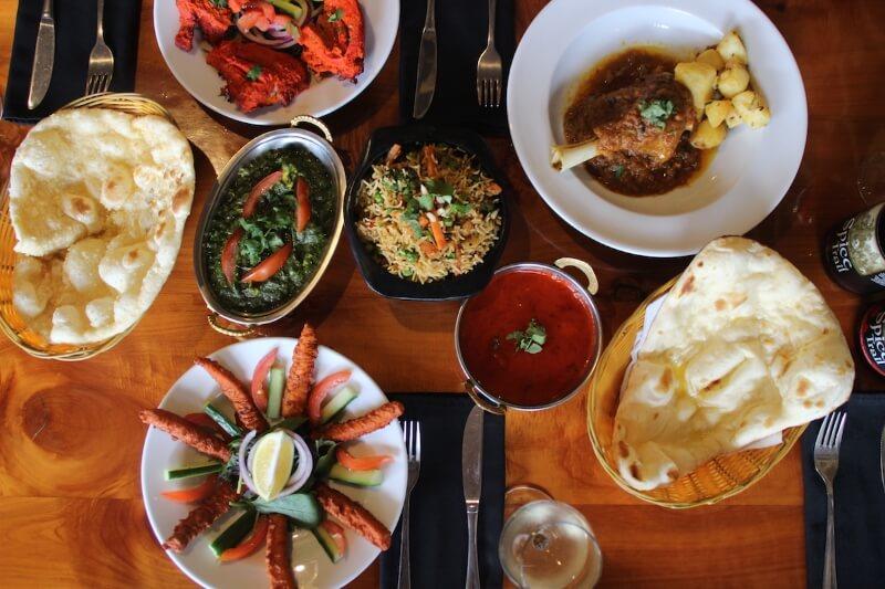 أطباق متعددة من عدة ثقافات في أوكلاند